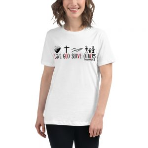 Women's Relaxed T-Shirt in white and different sizes